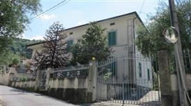 Villa via Ronco 88, Massarosa